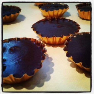 Raw almond butter cups - recipe